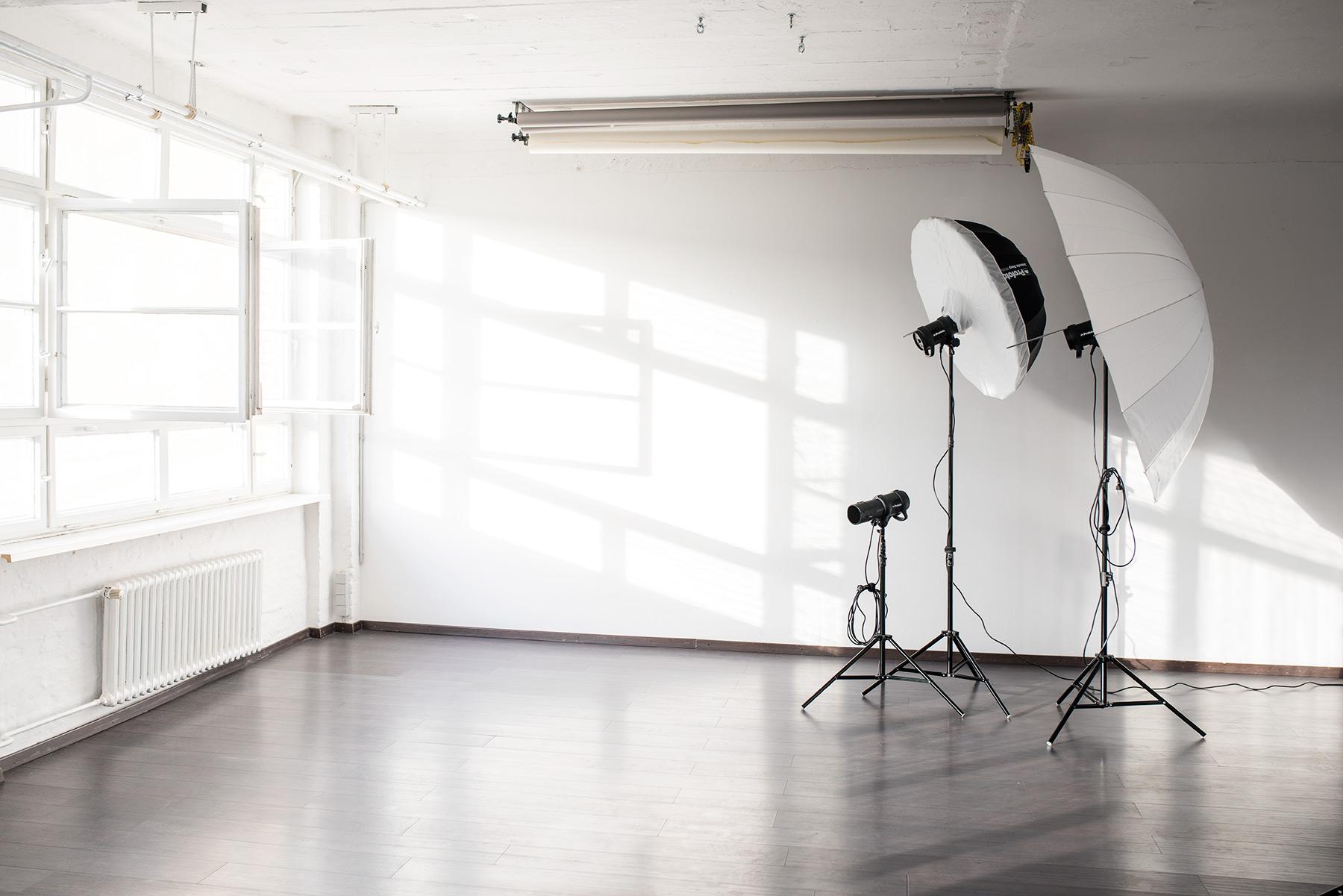 fotomietstudio in berlin ihr tageslicht mietstudio f r foto film casting. Black Bedroom Furniture Sets. Home Design Ideas