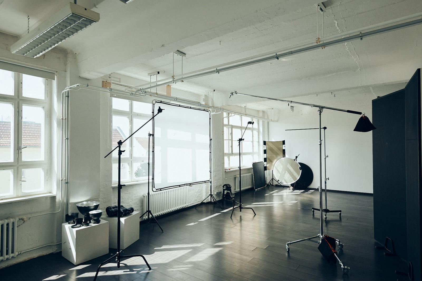 Fotomietstudio Berlin mit Profi Equipment